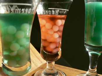 Creepy Bubbled Cocktails - Dabbled