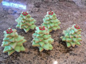 Stacked Christmas Tree cookies tutorial