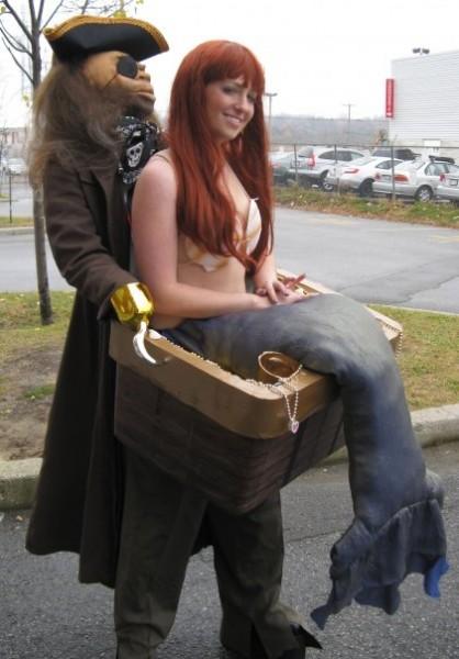 Andreas costume