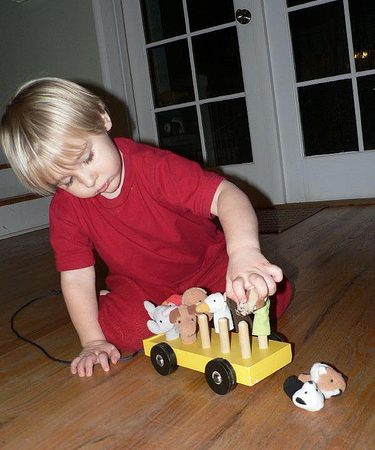 Finger Puppet Bus - How to make