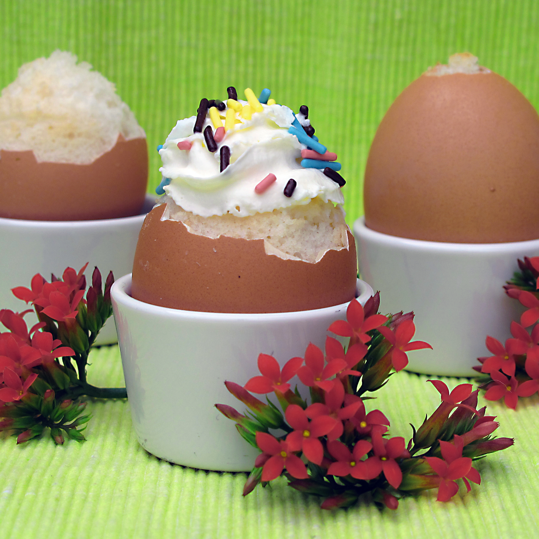 Dabbled | Cake Eggs: Cake Filled Eggshells!