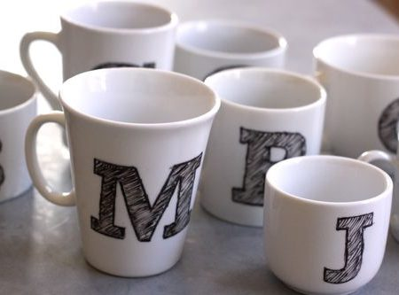 Make your own monogrammed mugs