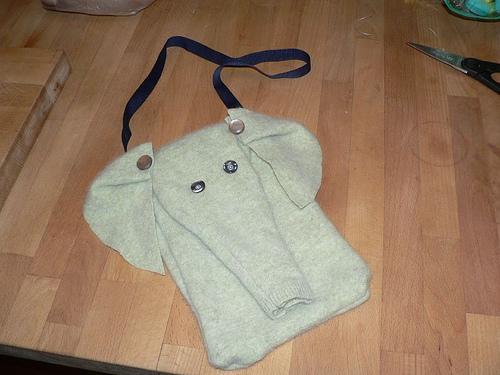 elephantpurse 006