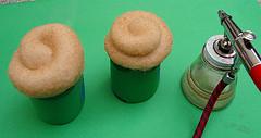 Airbrushing a Cupcake 4