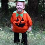 Easy pumpkin costume -no sew