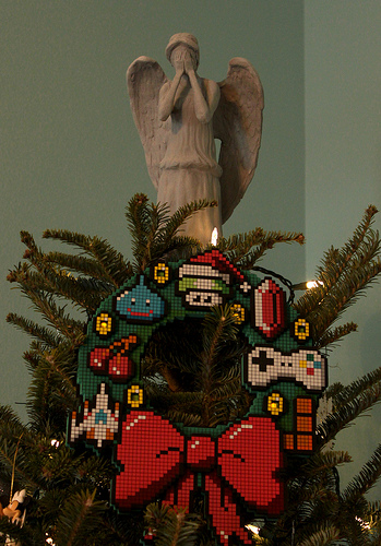 Dr Who Don't Blink Angel Treetopper