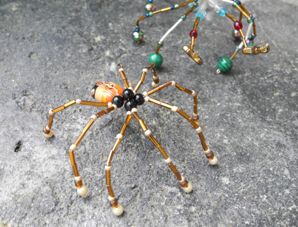 make a bead spider