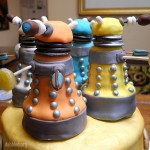 close-up-dalek-cake